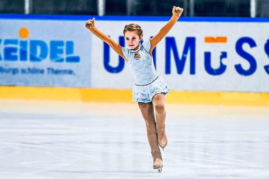 Emilia Zimmerer als Eisläuferin    Foto: Celina Zimmerer