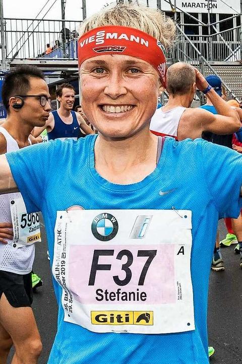 Stefanie Doll (beim Berlin Marathon 2019)    Foto: Herbert Steffny