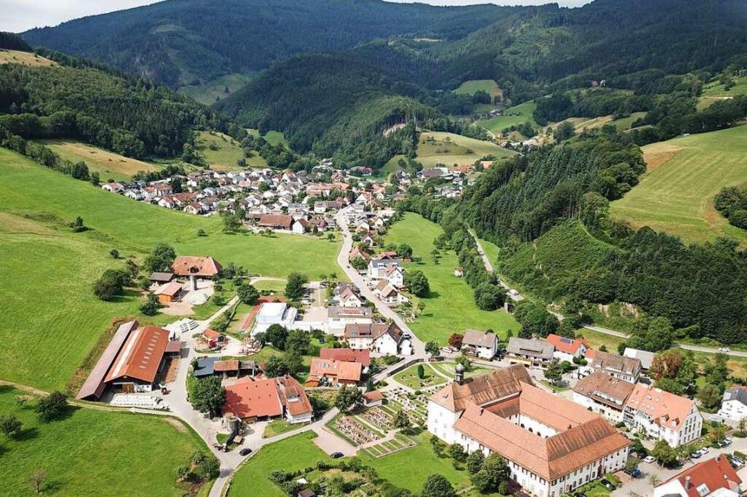 Oberried liegt am Rande des Dreisamtal...zwaldriesen Feldberg und Schauinsland.    Foto: Michael Saurer