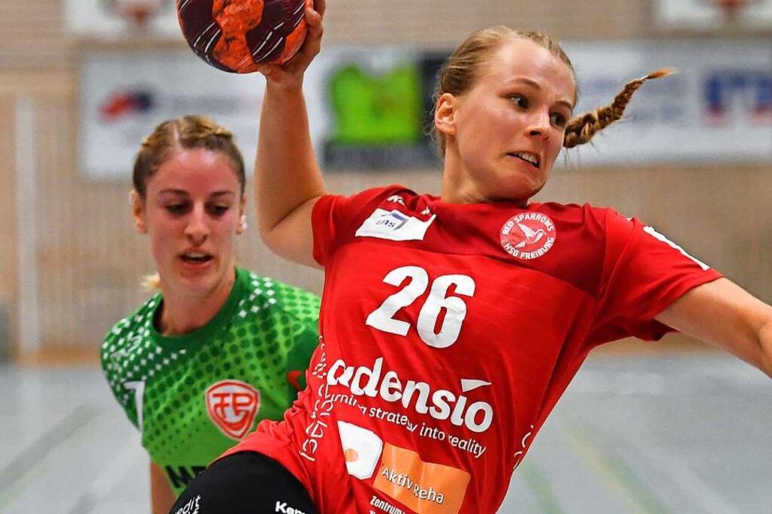 Simone Falk steuerte sechs Treffer zum...olgserlebnis für die Red Sparrows bei.    Foto: Achim Keller