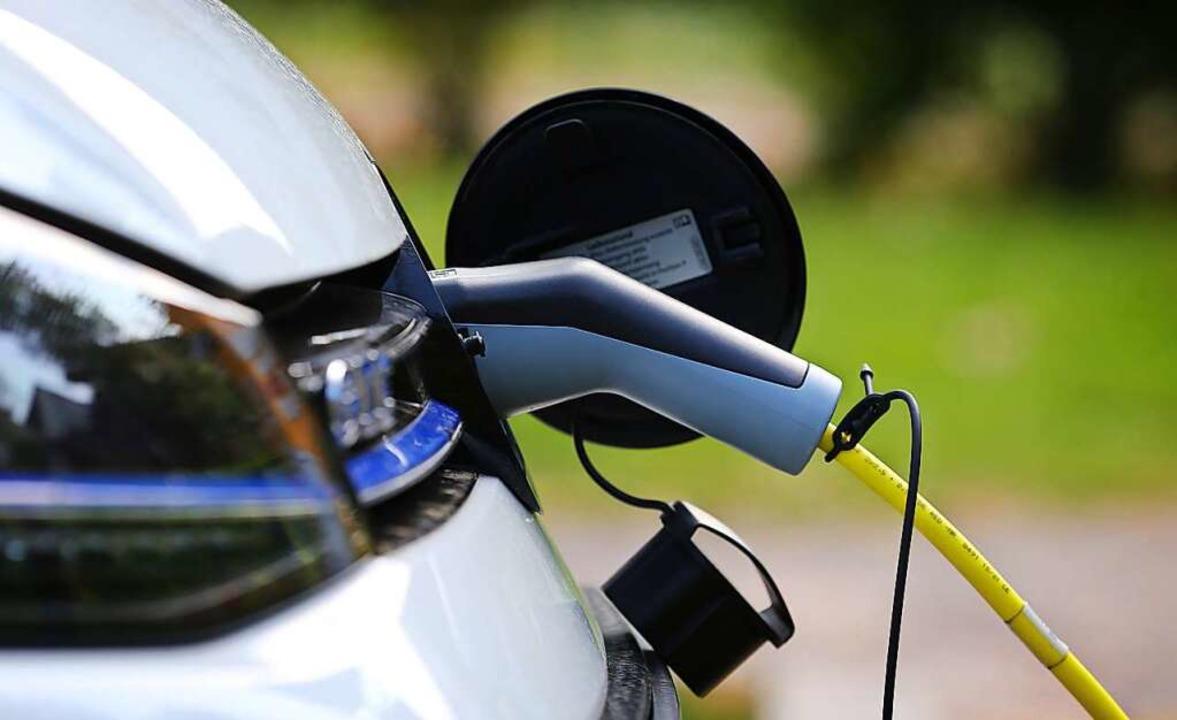 Elektroautos besitzen teure und mit ho...nnovationsregion Fessenheim geschehen.  | Foto: Karl-Josef Hildenbrand