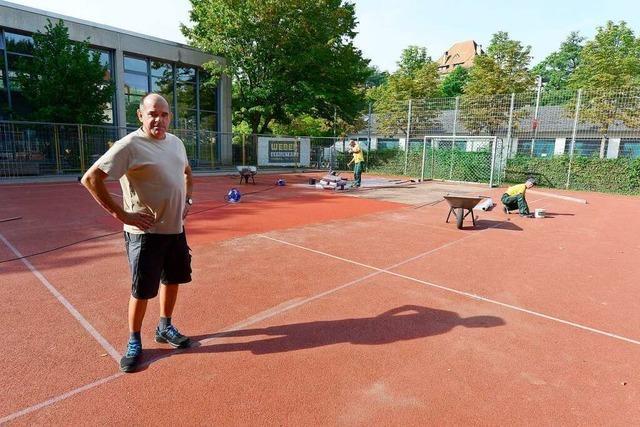 Ferienzeit ist Arbeitszeit: Freiburgs Schulhausmeister haben viel zu tun