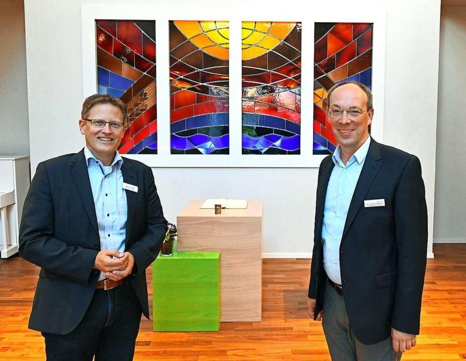 Der neue theologische Vorstand Björn S...m Vorstandsvorsitzenden Michael Decker    Foto: Michael Bamberger