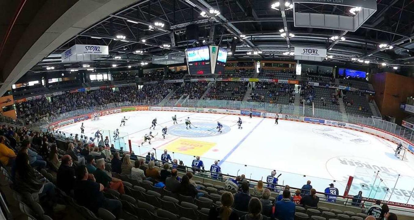 Endlich wieder Eishockey in der Helios... erwarten die Wild Wings Bremerhaven.     Foto: Joachim Hahne