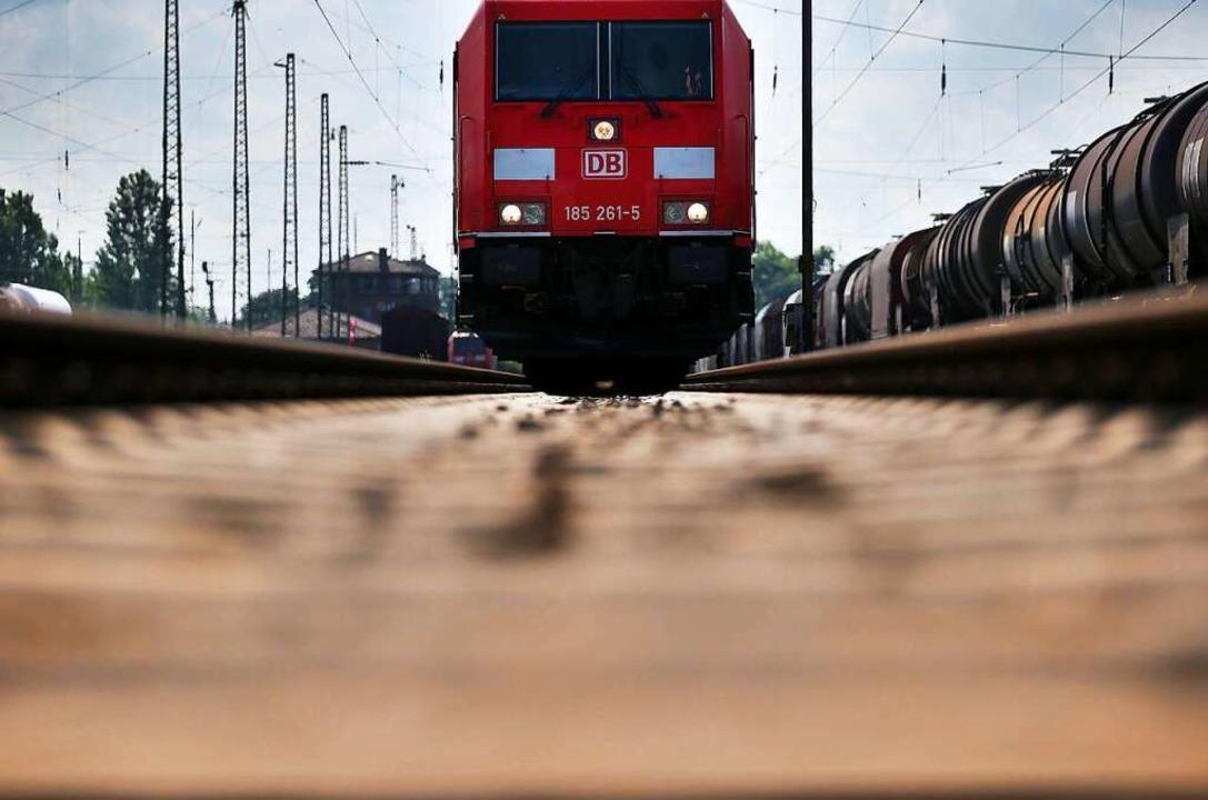 Von Zuglärm entlastet werden sollen au...Friesenheim Anwohner an der Bahnlinie.  | Foto: Oliver Berg