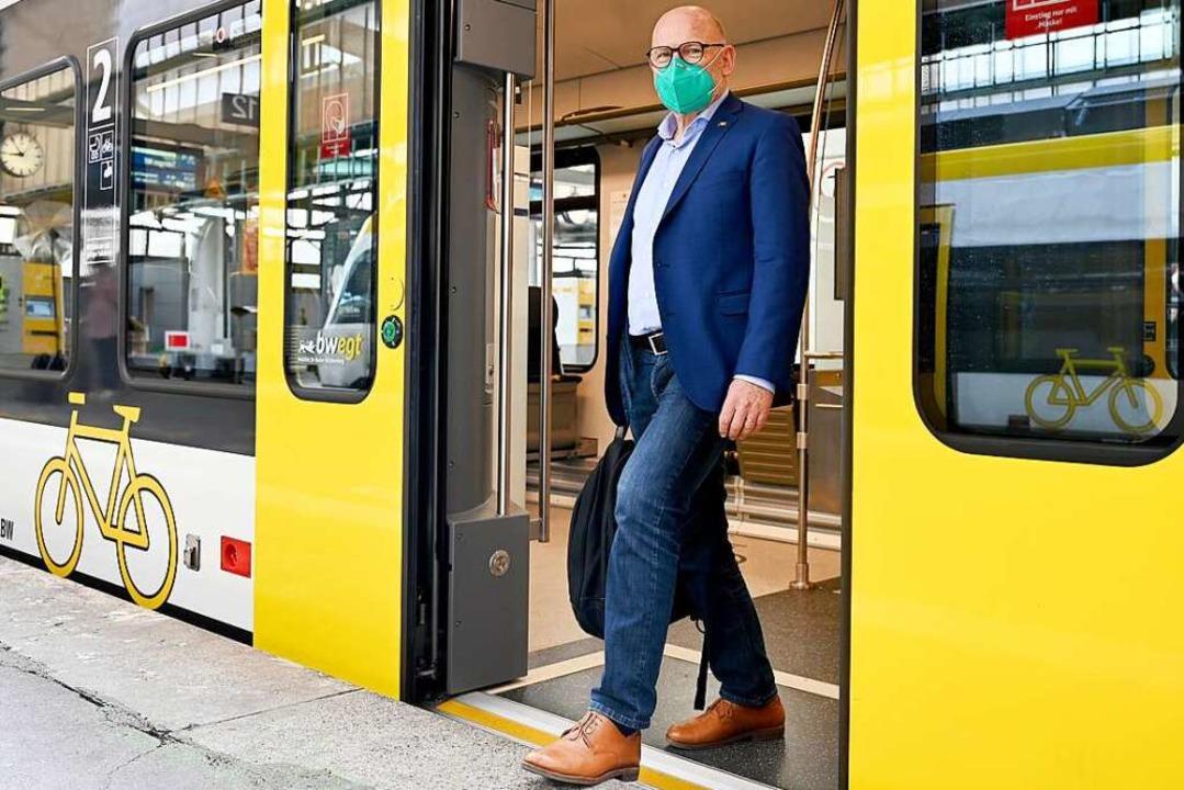 Darf eine halbe Milliarde Euro mehr au...ehrsminister Winfried Hermann (Grüne).    Foto: Bernd Weissbrod (dpa)