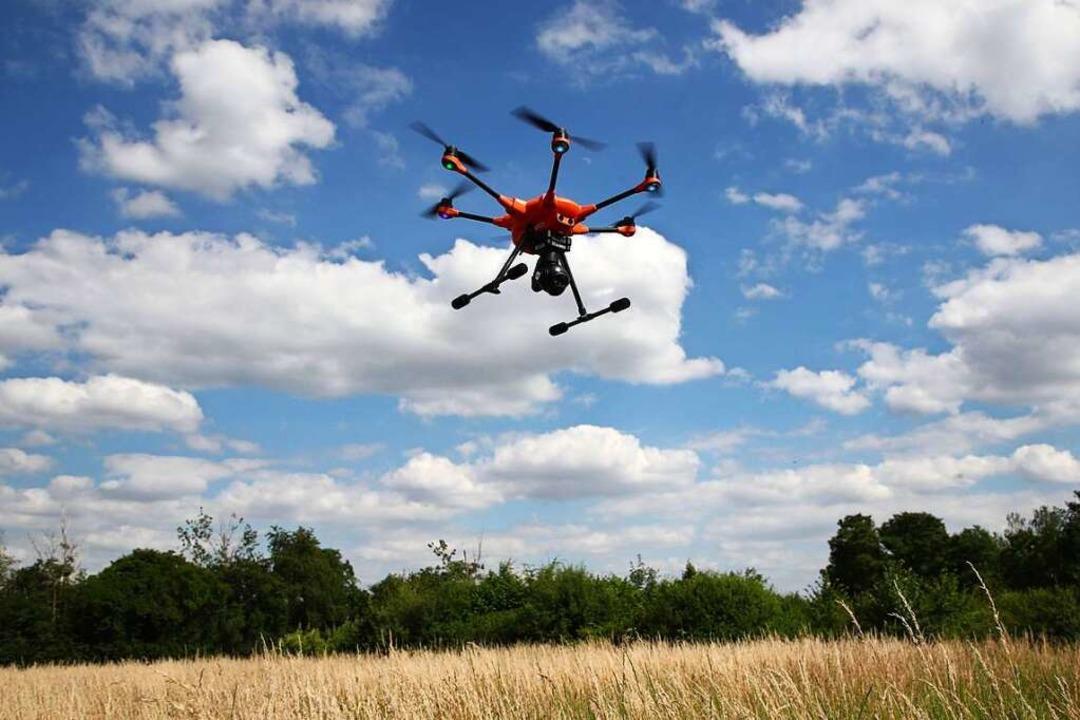 Fluggenehmigung für Drohnen sind nötig.  | Foto: Bodo Schackow