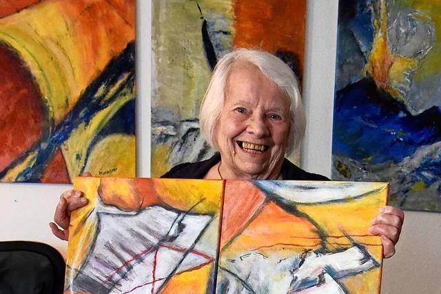 Brigitte Marschner ist zum letzten Mal bei der Ausstellung des Malkreises in Denzlingen dabei