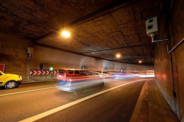 Bei Staugefahr wird die B31 ab Montag vor den Freiburger Tunneln gesperrt