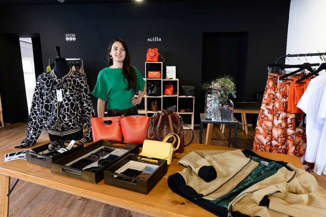 Magdalena Wolf im Pop-up-Store in der Schusterstraße.  | Foto: Ingo Schneider