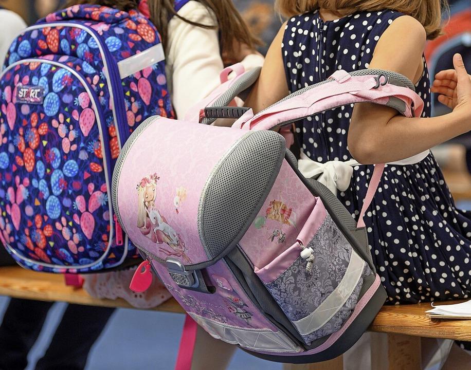 Für die Schulkinder gehen die Sommerferien in der nächsten Woche zu Ende.     Foto: Robert Michael (dpa)