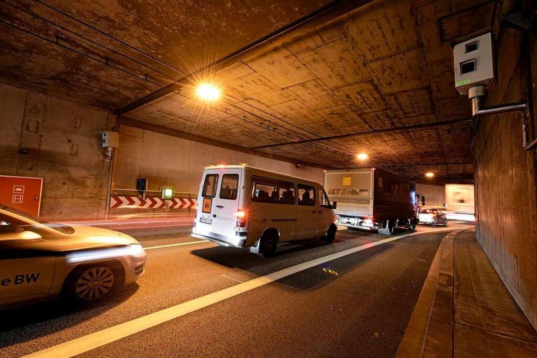 Die B31-Tunnel haben Sicherheitsmängel bei Stau  | Foto: Thomas Kunz