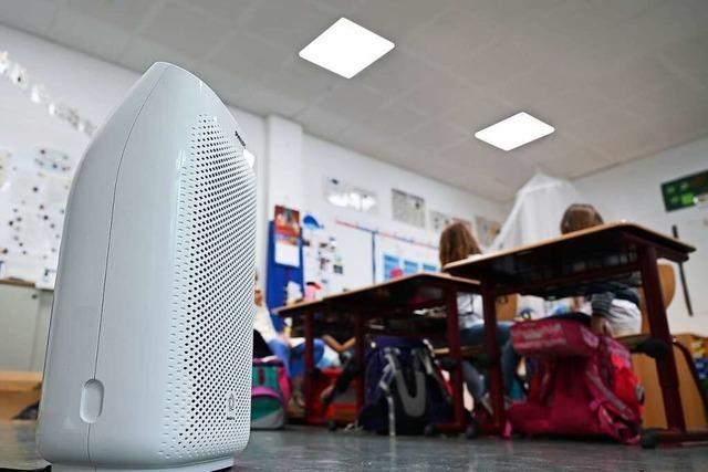 Rund 100 Luftfilter werden zum Schulstart vom Landkreis eingesetzt