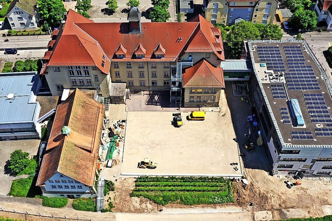 Die größte Baustelle Schopfheims: der Schulcampus.    Foto: Martin Klabund
