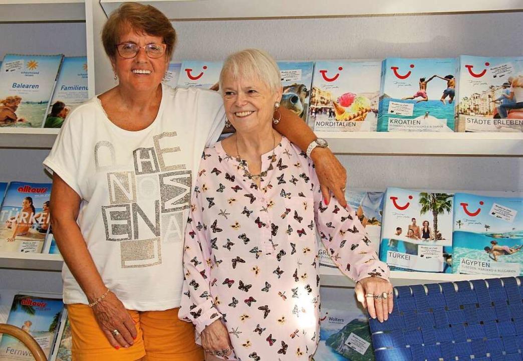 Die Beratung macht ihnen Spaß, wie vor...a Dockweiler (rechts) und Gabi Radtke.    Foto: Christine Speckner
