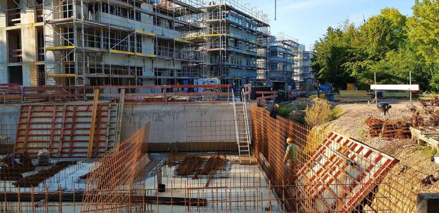 Wohnungsbau wie hier an der Weinstocks...ie steigende Nachfrage zu befriedigen.  | Foto: Gerhard Walser