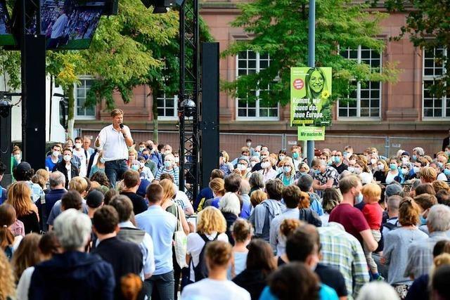 Viel Applaus für Robert Habeck beim Wahlkampfauftritt in Freiburg
