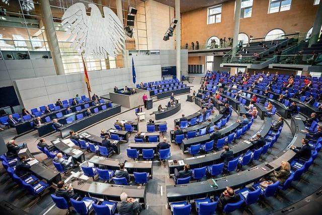 Kommt der Bundestag XXL?