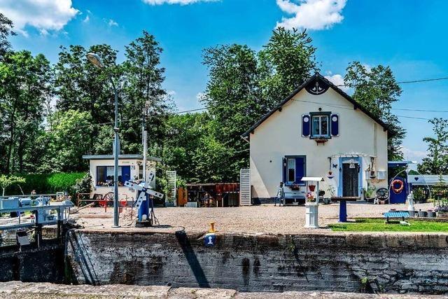 Südlich von Straßburg: Schleusenwärterhaus zu vergeben