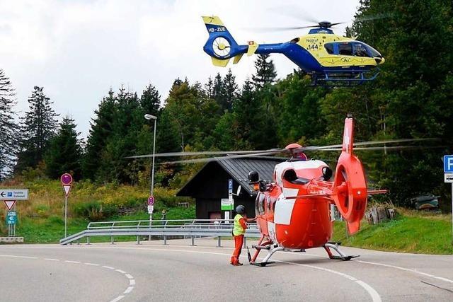 Schwerer Motorradunfall am Feldberg: Zwei Helikopter im Einsatz