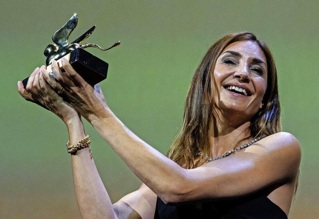 Gewinnerin beim Filmfest  Venedig: Regisseurin Audrey Diwan  | Foto: Domenico Stinellis (dpa)