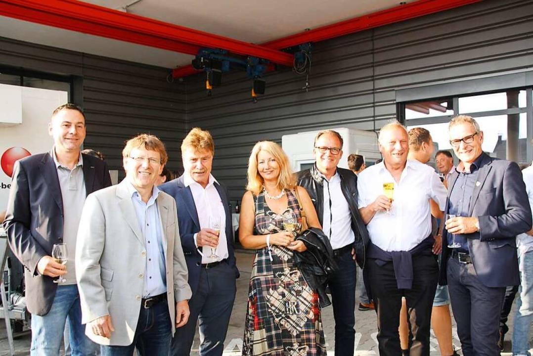 Stießen auf eine gelungene Zusammenarb...ürgermeister Michael Goby (von links).  | Foto: Christiane Franz