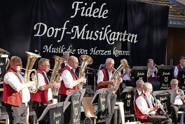 Unterhaltung mit den Fidelen Dorf-Musikanten