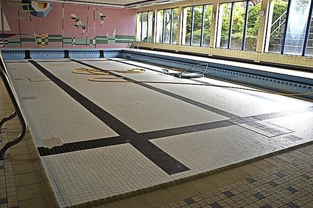 Schwimmhalle wieder in Betrieb