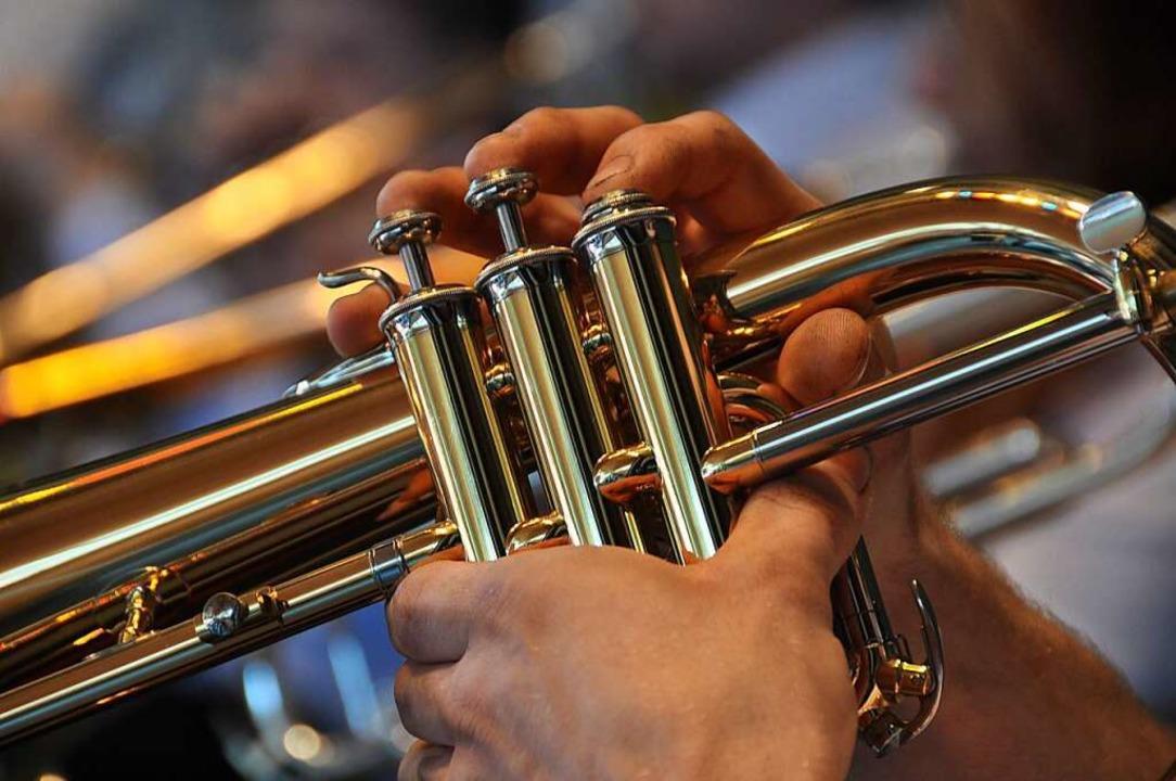 Geht da noch was? Beim Musikverein Men...kerinnen und Musiker es ausprobieren.   | Foto: Daniel Gramespacher