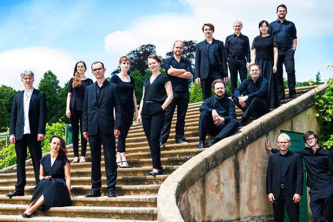 Wurde vor zehn Jahren gegründet: die V...ihrem Leiter Frank Markowitsch (links)  | Foto: Neda Navaee