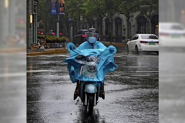 Schanghai bereitet sich auf Taifun vor