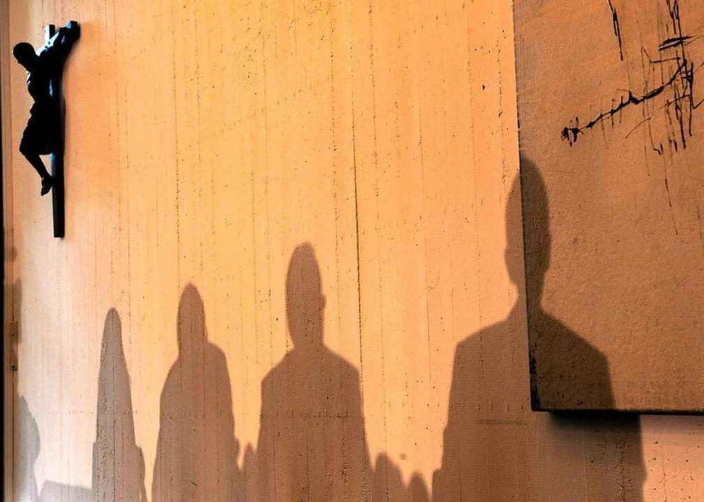 Missbrauchsopfer kritisieren das Ungle...ufarbeitung der sexualisierten Gewalt.  | Foto: Harald Tittel