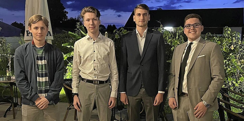 Vorstand der Julis im Kreis: Hannes Ri...antermann, Tobias Wichmann (von links)  | Foto: Junge Liberale