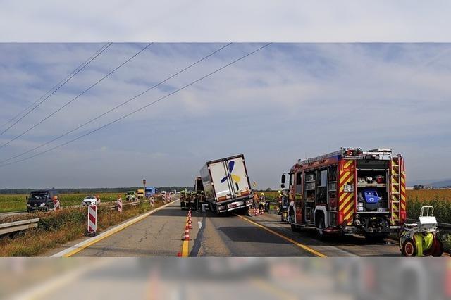 Kilometerlange Staus nach Unfall eines Sattelzugs