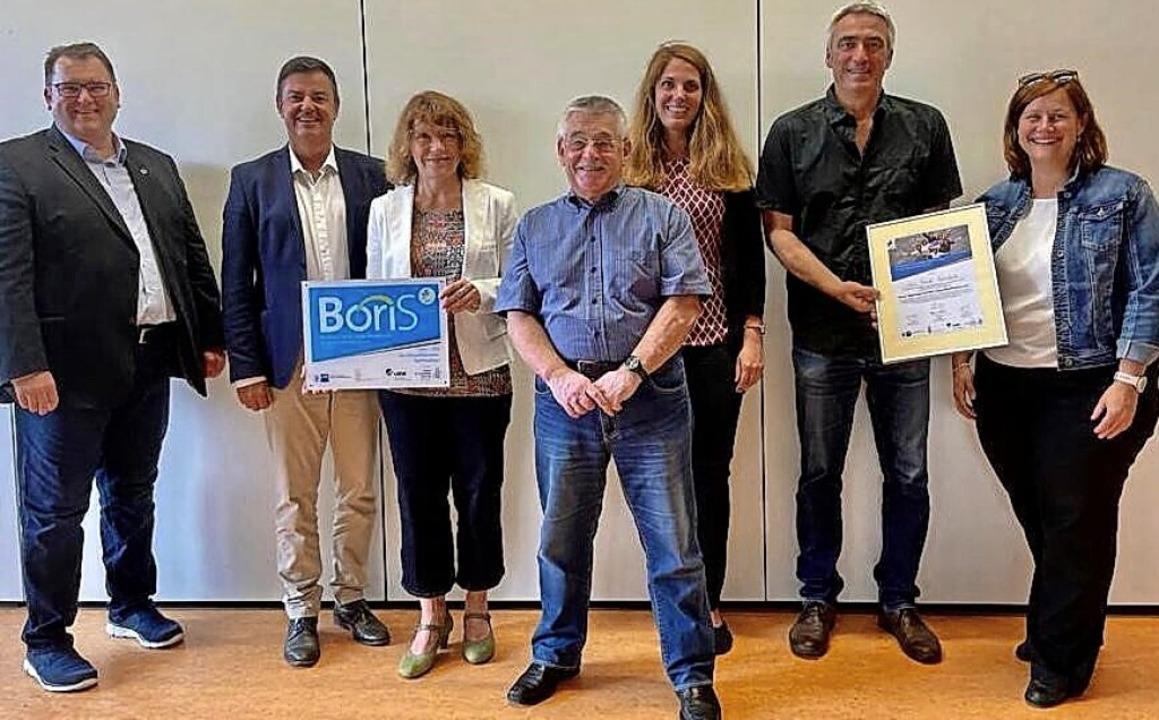 Freude über die Boris-Auszeichnung (vo...ndreas Wild und Saskia Görsch-Saidani     Foto: Max-Planck-Realschule