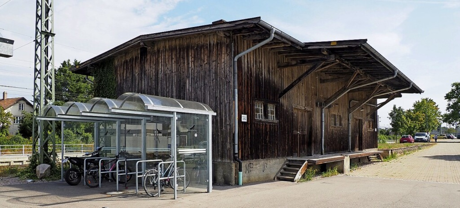 In der denkmalgeschützten Güterhalle a...inrichtung einer Werkstatt vorstellen.  | Foto: Herbert Frey