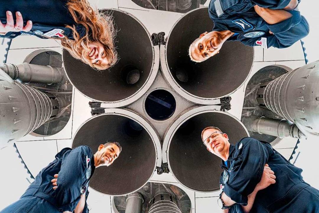 "Hayley Arceneaux, Sian Proctor, Chris ...e Crew der ""Inspiration4"".  | Foto: JOHN KRAUS (AFP)"
