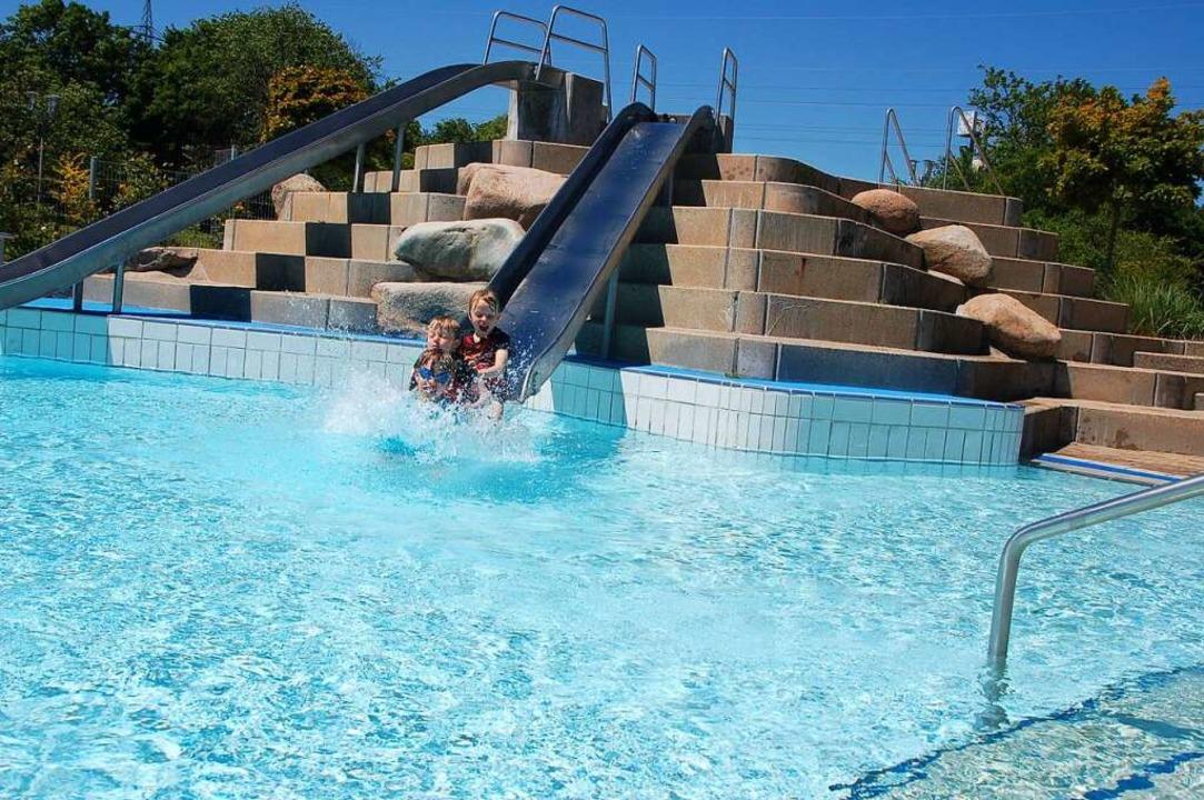 Sommerliche Freibadtage gab es in diesem Jahr nur wenige.    Foto: Petra Wunderle