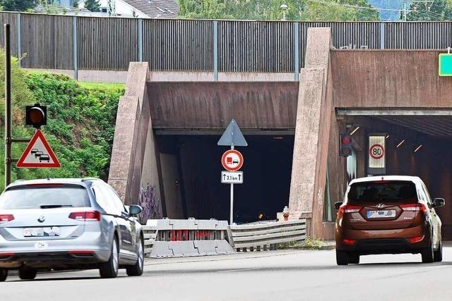 Freiburger B31-Tunnel am Mittwochmorgen erstmals kurzzeitig gesperrt