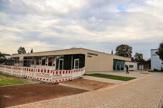 In Kappel-Grafenhausen fehlen an der Mehrzweckhalle und an der Schule Parkplätze