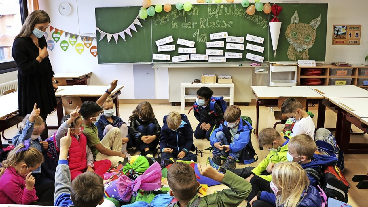 Ein großer Tag im Leben eines Kindes i...f behutsam in den Schulalltag hinein.     Foto: Martha Weishaar