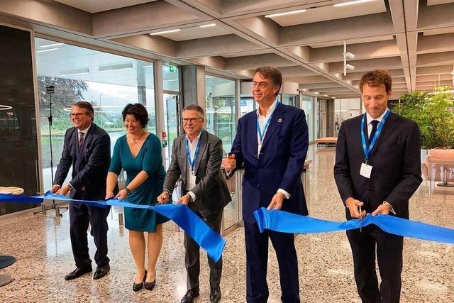 Roche eröffnet neues Bürogebäude in Grenzach-Wyhlen