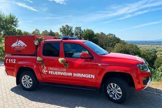 Anonymer Spender schenkt Ihringer Feuerwehr 90.000-Euro-Pick-up
