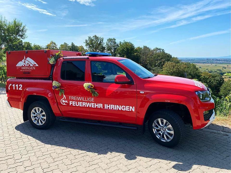 Der Pick-up  bekam auf dem Blankenhorn...twa  Weinbergen schnell Hilfe leisten.  | Foto: Freiwillige Feuerwehr Ihringen