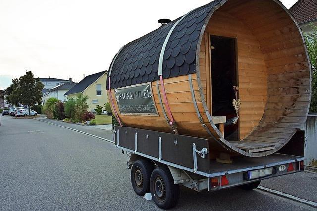Das Sauna-Fass darf auf der Straße in Rheinfelden-Herten stehen