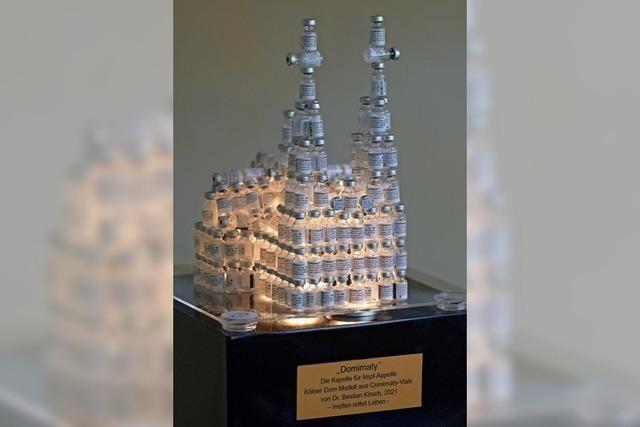 Kölner Dom aus Impffläschchen
