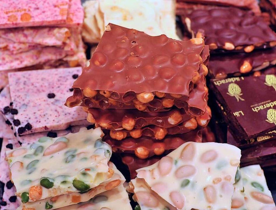 Da ist für jeden was dabei: Schokolade in den unterschiedlichsten Sorten.  | Foto: Michael Bamberger