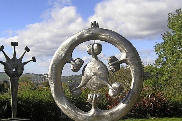 Rudolf-Scheurer-Stiftung öffnet Ausstellungsräume, Skulpturenturm und -park