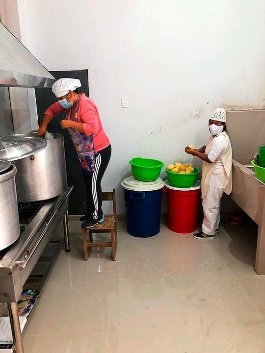 Die Küche des vom Perukreis finanzierten Comedors    Foto: privat