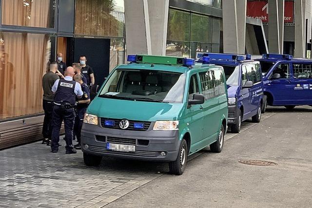 Auftakt im Prozess um Ortenauer Drogendealer-Bande unter scharfen Sicherheitsvorkehrungen